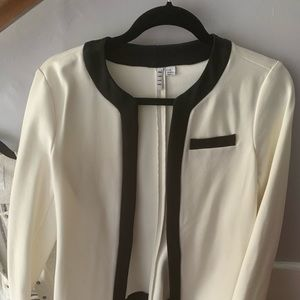 Black and white breathable light blazer